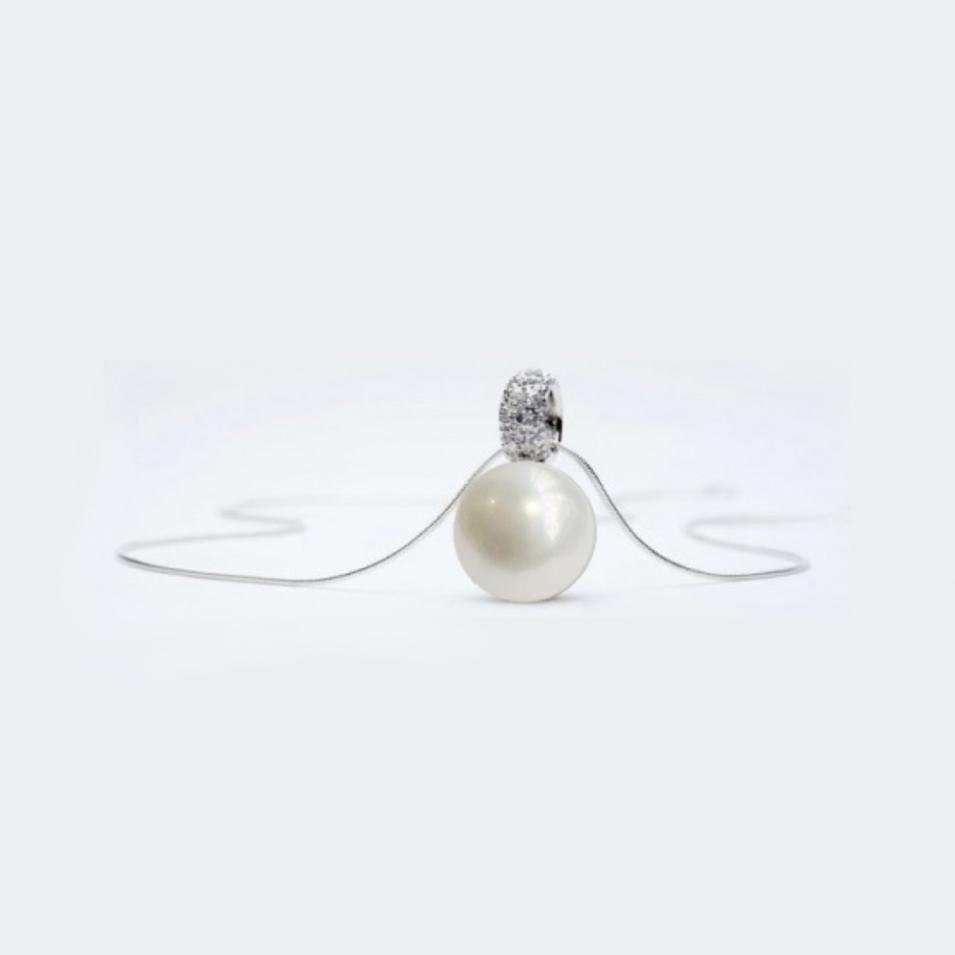 【FALAIYA x LA BELLE VIE】Synthetic round pearl with oxyde zirconium setted necklace_DJ0094ipp